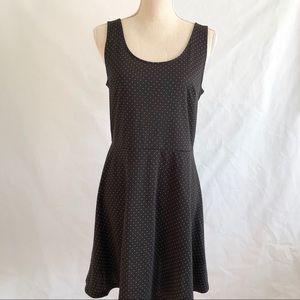 H&M Sleeveless Polka Dot Skater Dress • Size M